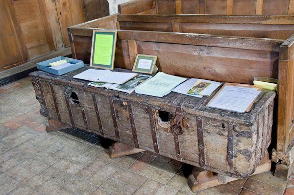 Kedington parish chest